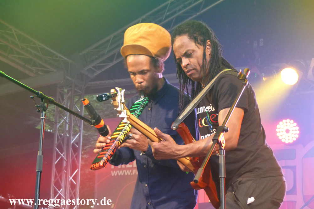 Addis Pablo & Suns Of Dub