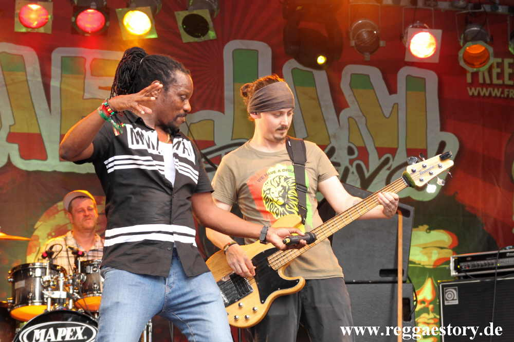 Chuck Fenda & House of Riddim - Reggae Jam 2017