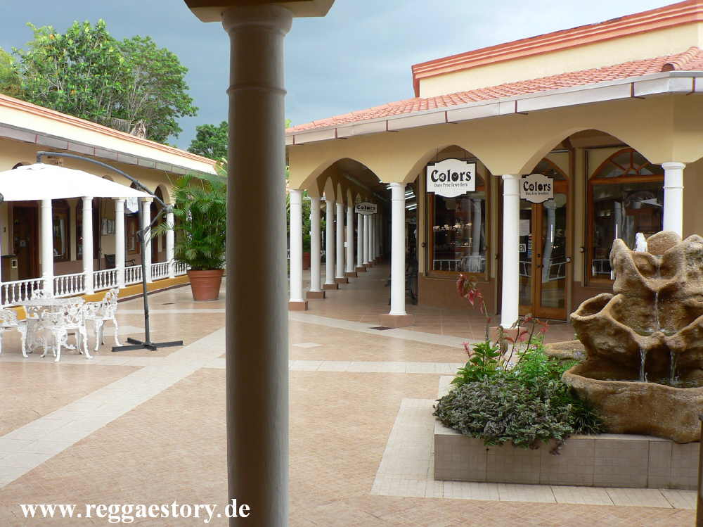 Time Square Shopping Mall - Negril